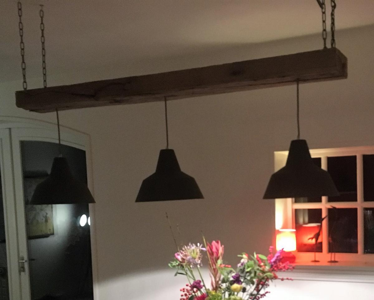 Woonkamer Verlichting Pendelarmatuur : Lampen hout & design
